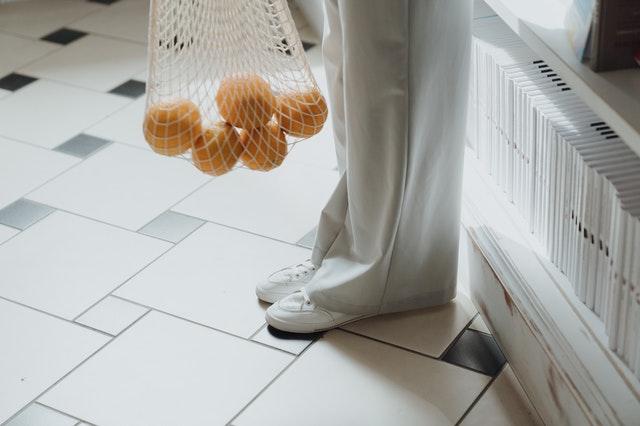 Zalety spodni damskich z bawełny